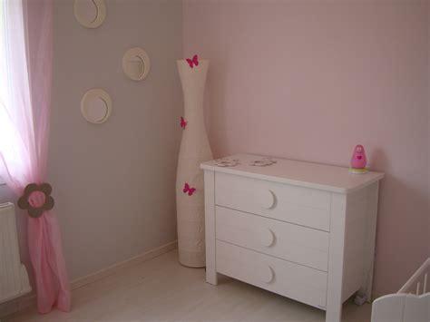 chambre fille gris et fushia