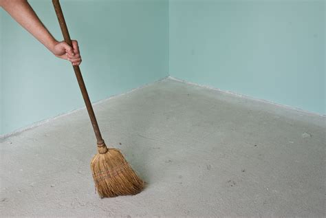 Preparing Floor For Laminate Flooring by How To Prepare The Floor Before Install Laminate Flooring