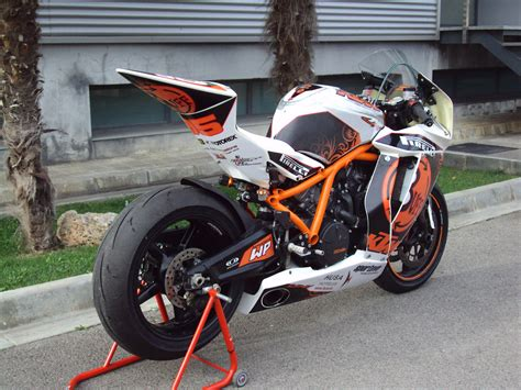 Ktm Rc8 2009 2009 Ktm Rc8 Pics Specs And Information Onlymotorbikes