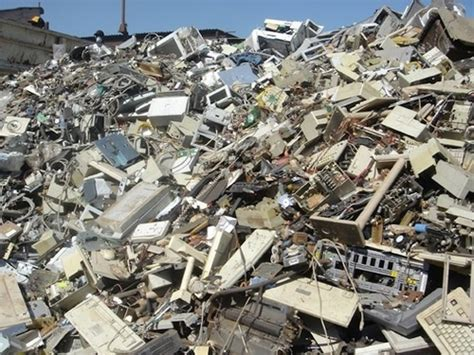 The Story Of E Waste: What Happens To Tech Once It's Trash   Gizmodo Australia