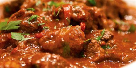 cucinare il gulash ricetta gulash roba da donne