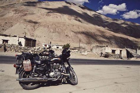 Motorrad Online De Unterwegs by Max Unterwegs Mit Dem Motorrad Durch Ladakh Linea