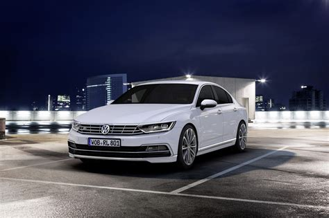 volkswagen passat r line first vw passat delivered in germany r line packages now