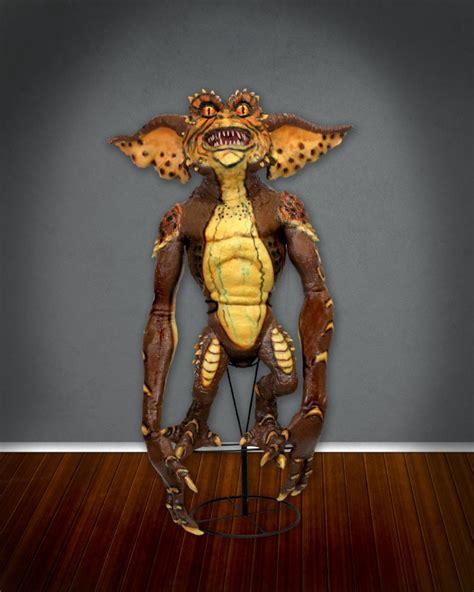 Figure Gremlins Gremlin Statue Vily gremlins 2 stunt puppet prop replica necaonline