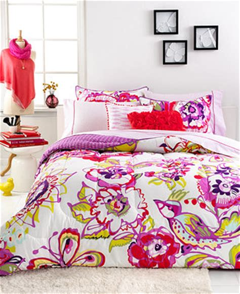seventeen bedding sets closeout seventeen bedding mariposa 3 piece comforter