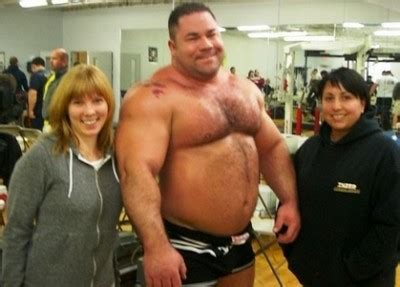mens bench press record ryan kennelly talks events and anabolics leading up