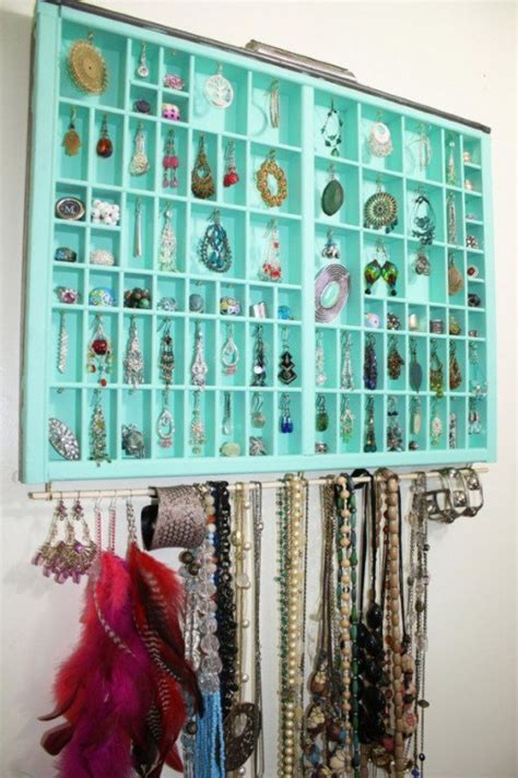 creative ways to store clothes 30 creative crafty ways to store your jewelry