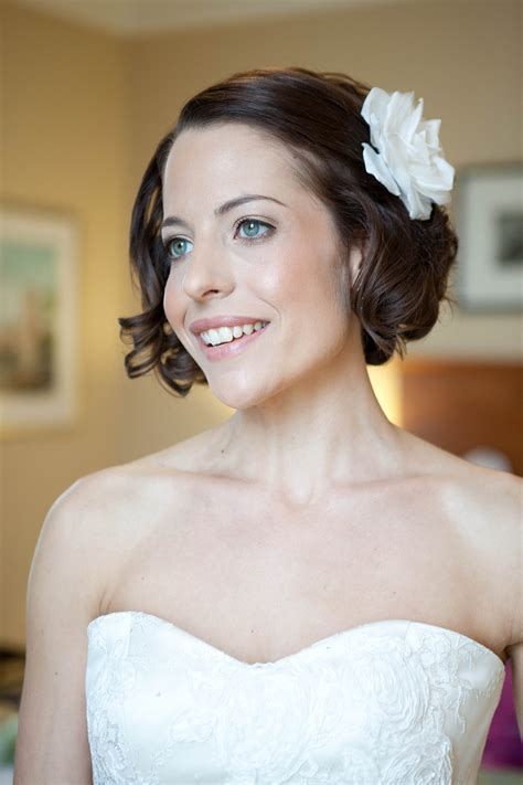 Retro Wedding Hairstyles   hitched.co.uk