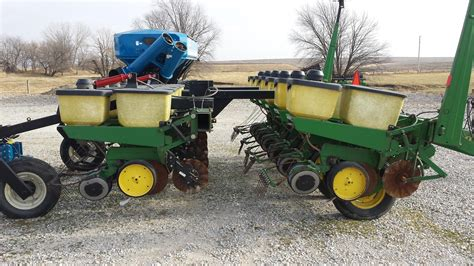 Deere 7000 4 Row Planter For Sale by Wisconsin Ag Connection Deere 7000 Row Crop
