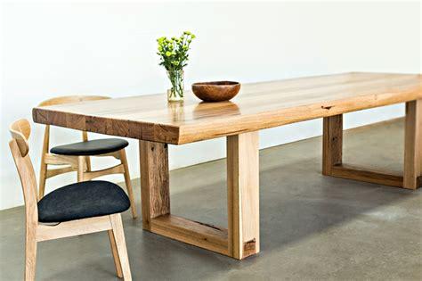 muebles en madera natural mesas de comedor modernas de madera maciza m 225 s de 50 ideas