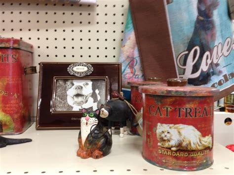 Housewares At Decorative Things by Gifts And Housewares That Are Unique Are At Hometown Hardware