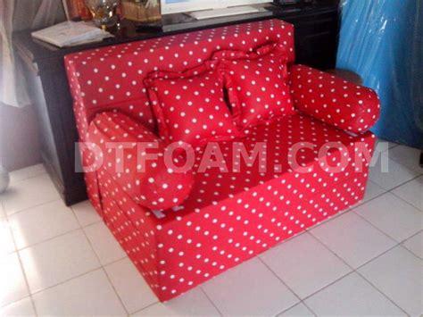 Sarung Sofa Bed Inoac sofa bed inoac motif kasur inoac merah bintik putih dtfoam