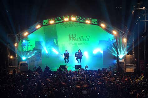 Justin Bieber In Westfield Stratford City Christmas Lights Westfield Lights
