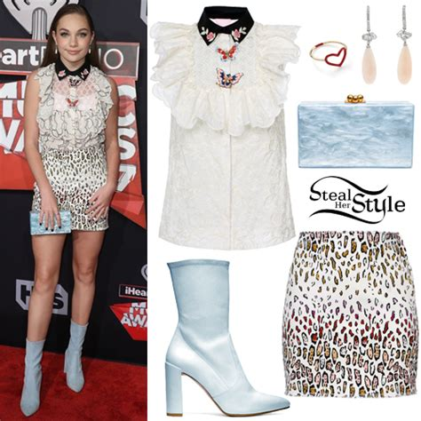 Hoodie Marina Ruby By Ikhlas maddie ziegler arrived at the iheartradio awards at