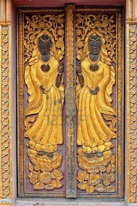 images  carved wood doors  pinterest wood