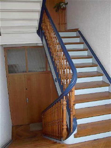 hässliche wände verstecken alte treppe idee