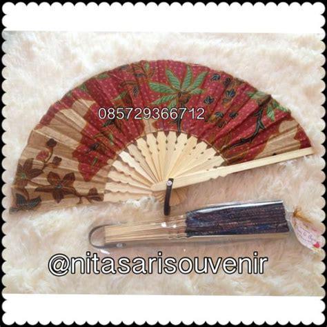 Souvenir Kipas Batik Panjang 19 Cm kipas batik
