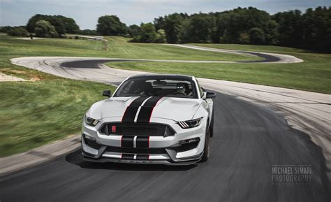 photo of the day stunning 2016 ford mustang shelby gt350r