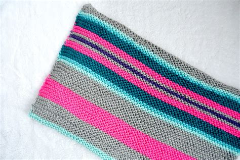 knitting stripes in the easy stripes knit blanket throw in a stitch