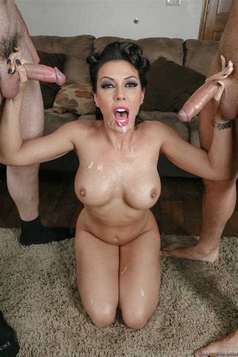 Tall Brunette Had Sex With Two Guys Photos Rachel Starr
