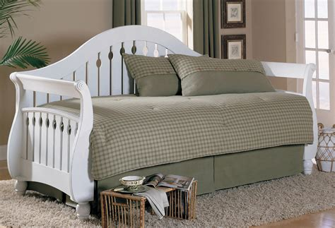 White Wood Daybed With Trundle Sleigh White Wood Daybed With Storage Trundle Decofurnish