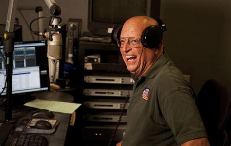 wtmj ams jonathan green voice  citys golden age  radio set  sign