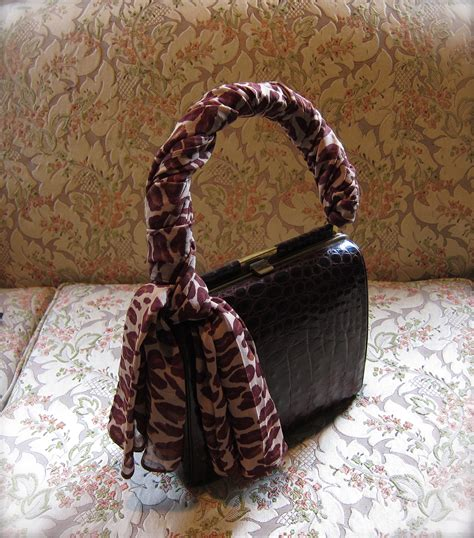 how ot tie and wear a scarf on a purse or bag 171 violette