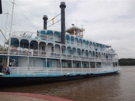 mississippi river boat dinner cruises iowa take the twilight riverboat up the mississippi river it