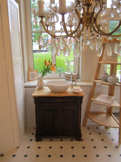 landhaus bad ein sch 246 nes landhaus bad in antikem stil wasserheimat
