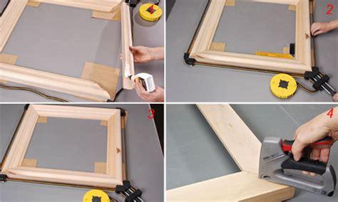 come costruire una cornice per quadri riciclare vecchie porte per costruire cornici