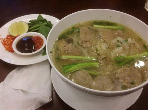 Lu Emergency Paling Murah makanan halal yang anda boleh cuba di ho chi minh
