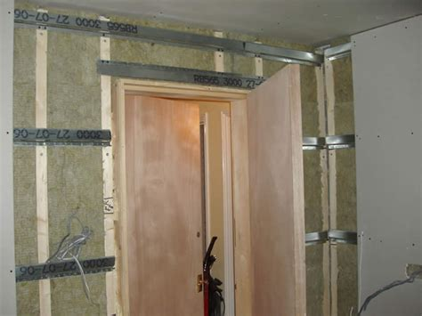 sound barrier wall insulation article and advice on sound proofing walls