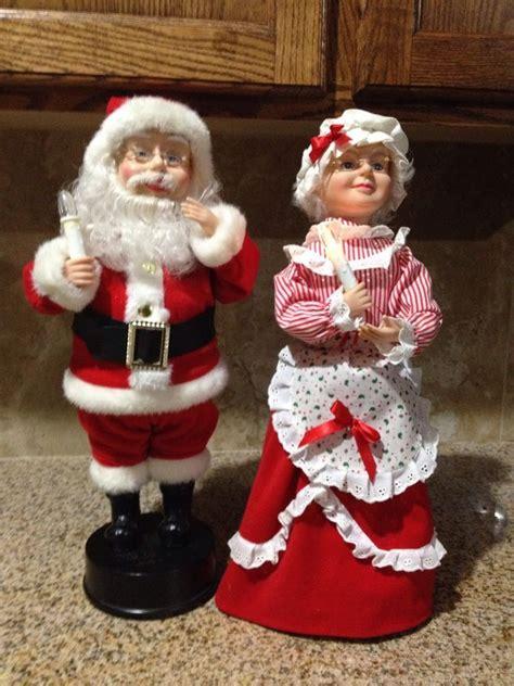 vintage motionette 27 santa clause telco motionettes of santa mrs claus animated figures 18in santa santa figurines