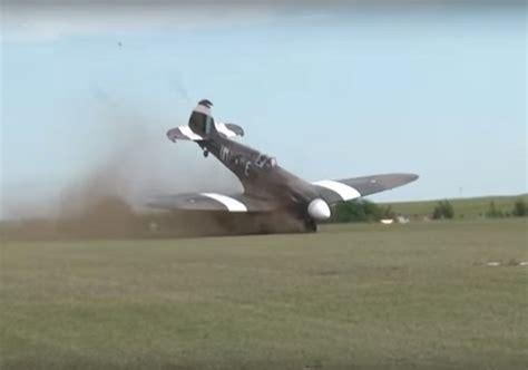 detik okezone video detik detik pesawat peninggalan pd ii mencium tanah
