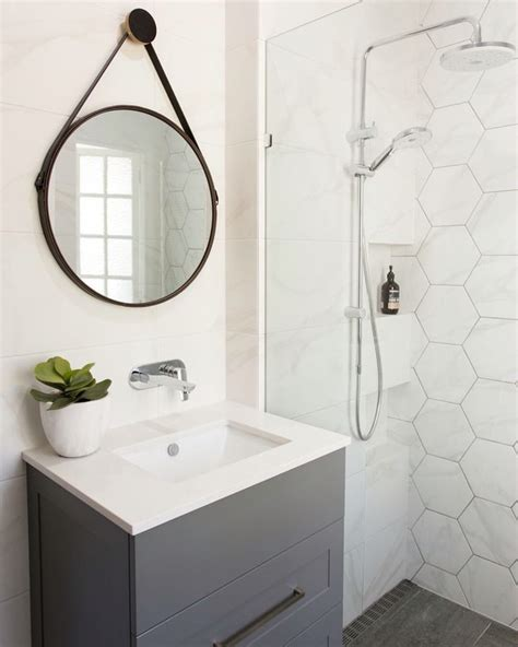 hexagonal tiles bathroom best 25 hexagon tiles ideas on