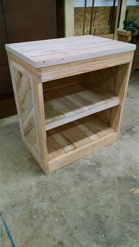 diy pallet nightstand  side table  pallets