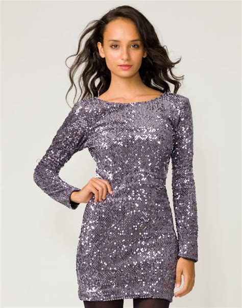 44586 Dress Fashion t is the season to be jolly sequins to the world