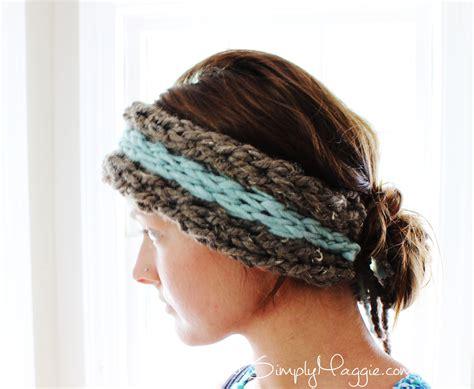 knit ear warmer diy 15 minute finger knit ear warmer simplymaggie