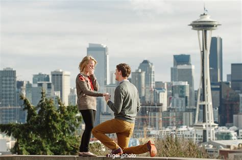 an engagement in seattle groom wanted wanted books engagement portrait session kerry park seattle