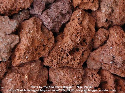 Jual Batu Lava Rock pumice and scoria