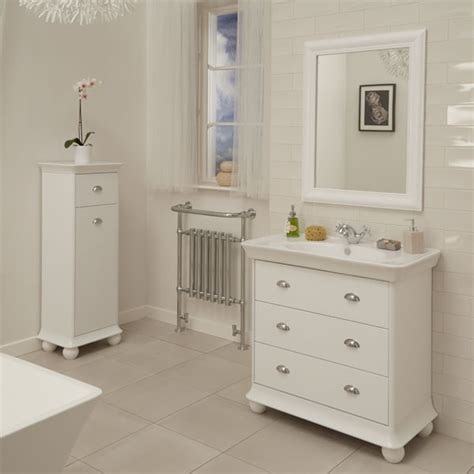 Valencia Bathroom Furniture Valencia White 900mm 3 Drawer Vanity Unit