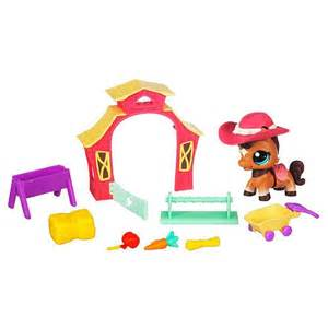 lps from toys r us 25 best ideas about toys r us on lps houses