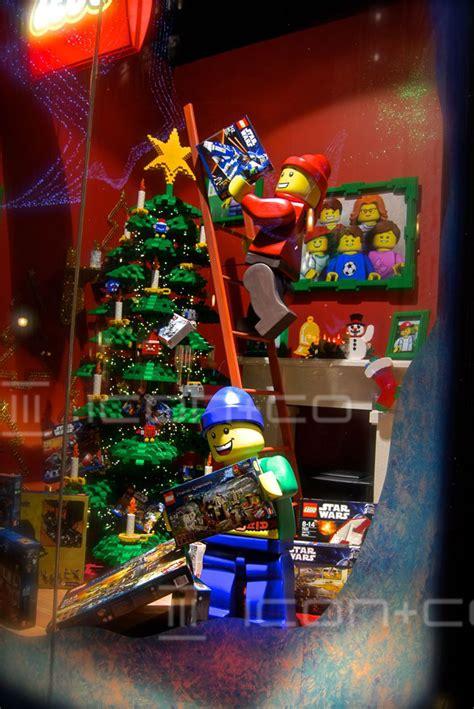 display props retail vm furniture seasonal christmas
