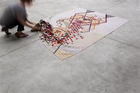 wood rug colours and geometric patterns elisa strozyk s amazing wooden rugs freshome