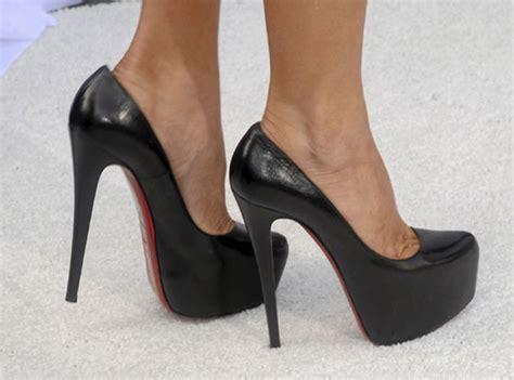 Chausures A Talons Les Chaussures 224 Talons Des Comment Font Elles Pour Marcher Avec