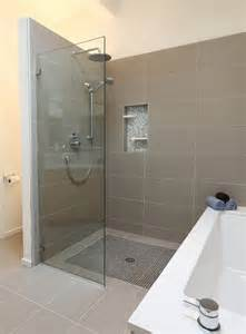 Modern Bathroom With Shower 25 Glass Shower Doors For A Truly Modern Bath
