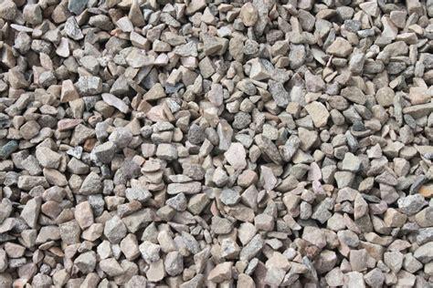 3 4 minus gravel gray sandees soil and rock