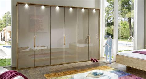 schrank mit glasfront moderner faltt 252 ren schrank z b 3 t 252 rig mit glas morley