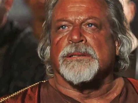 film gladiator oliver reed actors brought back to life with special effects