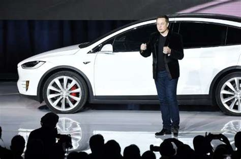 Founders Of Tesla Tesla Sees Bumpy Road Ahead For Electric Cars